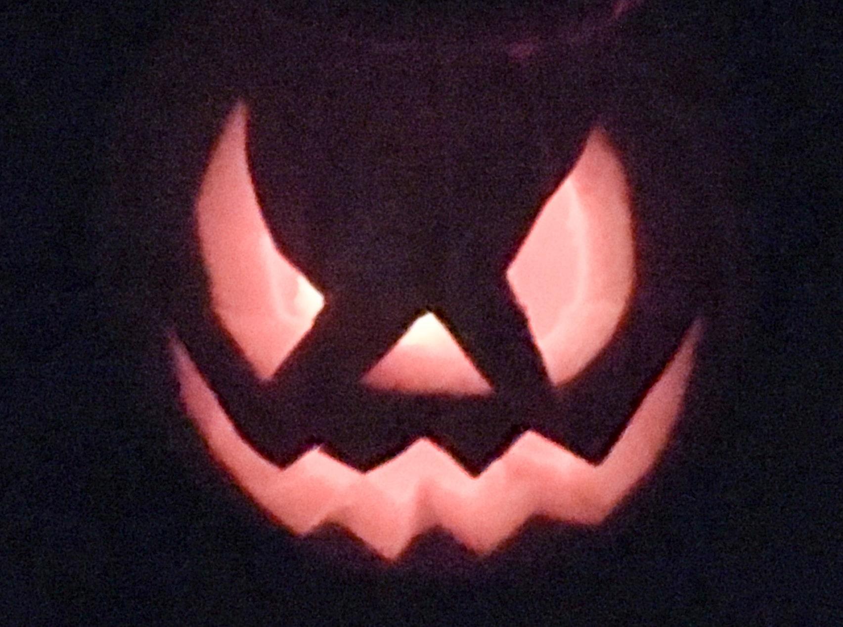 Halloween Kürbis Gesicht gruslig